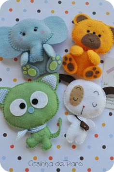 20 trendy sewing toys for kids how to make Felt Diy, Felt Crafts, Fabric Crafts, Diy And Crafts, Crafts For Kids, Arts And Crafts, Handmade Felt, Sewing Toys, Sewing Crafts