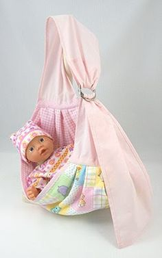 Wollyonline sells digital doll patterns for a variety of dolls. There is also a large selection of FREE patterns available. Sewing Projects For Kids, Sewing For Kids, Baby Doll Clothes, Baby Dolls, Barbie Clothes, Reborn Dolls, Reborn Babies, Doll Carrier, Baby Doll Accessories