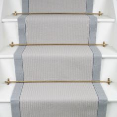 Oh my, this carpet runner by looks wonderful with these aged brass stair rods. Who agrees? Stair Decor, Stair Runner Carpet, Staircase Design, Stair Rods, Foyer Decorating, Beige Carpet, Finishing Basement, Hallway Designs, Staircase Makeover