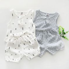2017 new arrived summer baby boy clothes suit print vest+pant baby girl clothes set conjunto infantil menina newborn outfit. Product ID: Baby Girl Dresses, Baby Boy Outfits, Newborn Outfits, Vêtement Harris Tweed, Little Baby Girl, 2 Piece Outfits, Summer Baby, Baby Girl Clothes Summer, Baby Boy Clothes Hipster