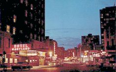 POSTCARD – CHICAGO – RUSH STREET – EVENING – HOTEL MARYLAND – CLOISTER INN – ISBELL'S – c1960 | CHUCKMAN'S PHOTOS ON WORDPRESS: CHICAGO NOSTALGIA AND MEMORABILIA Chicago Photos, Willis Tower, Maryland, Times Square, Nostalgia, Wordpress, Street, Travel, Viajes