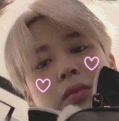 If you love BTS then vote for BTS! The link is on my bio~~~ :) love you who love BTS 😆💜 Army bangtan bts rm jin suga jhope jimin v jk Park Jimin Cute, Bts Cute, Park Ji Min, Foto Bts, Foto Jungkook, Jhope Bts, Bts Jin, Jikook, Make Love