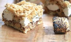 Mixed with graham cracker crumbs and layered with chocolate and burnt marshmallows, these brown butter treats are a sure sign of summer.