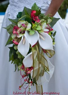 BRIDE WEDDING BOUQUET FLOWERS LILY IVORY GUAVA 15 PC