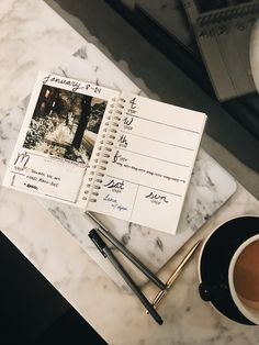 Get inspiration for your bullet journal. Learn how to use TurnGram to make your weekly spreads more meaningful and visual. Bullet journaling with photos. #bulletjournalcollection #bulletjournal #bulletjournallove #bulletjournaling #bulletjournalweeklylog #scrapbooking #journaling #weeklyspread