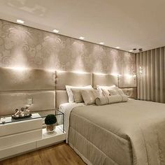 Bons sonhos! ✨ Tons de bege num quarto super acolhedor e lindo! Amei! Projeto @lagefalqueto Snap: hi.homeidea #bloghomeidea #olioliteam #arquitetura #ambiente #archdecor #archdesign #cozinha #kitchen #arquiteturadeinteriores #home #homedecor #style #homedesign #instadecor #interiordesign #designdecor #decordesign #decoracao #decoration #love #instagood #decoracaodeinteriores #lovedecor #lindo #luxo #architecture #archlovers #inspiration #followme