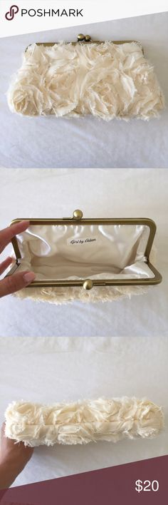 Cream Floral clutch Cream Floral clutch. Used once for a wedding. Like new condition! Bags Clutches & Wristlets