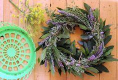 Dollar Store Crafts » Blog Archive » Make a DIY Wreath Jig