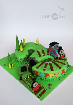 Number three ♥ Thomas The Tank Engine cake Thomas Birthday Cakes, Thomas Birthday Parties, Thomas Cakes, Thomas The Train Birthday Party, 2 Birthday Cake, Trains Birthday Party, Third Birthday, Thomas The Train Cakes, Train Party