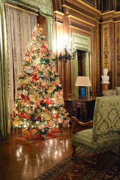 christmas at the newport mansions
