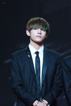 V (Taehyung)