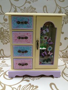 Vintage style wooden Decoupaged Jewellery box -upcycled jewelry box - revamped jewellery box on Etsy, £25.00