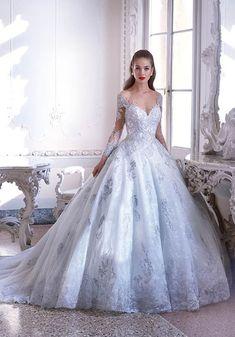 89ddc075ac9e 16 najlepších obrázkov z nástenky Wedding dresses