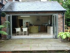 Timber Painted Bifolding Doors (1)