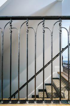 wrought iron handrail step rail stair rail with decorative posts 7 Wrought Iron Handrail, Iron Handrails, Balustrades, Metal Railings, Wrought Iron Gates, Stair Railing, Rustic Stairs, Metal Stairs, Steel Gate Design