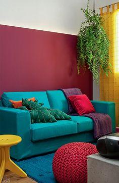 Sala cheia de cores esbanja personalidade - Casa