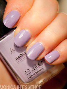 Nailwear pro: Loving Lavender (AVON)