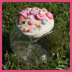 Barattolo porta dolci decorato in pasta di mais.