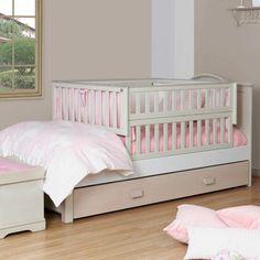 Cama Corral con Gavetero en Madera color Blanco con Beige Baby Bedroom, Baby Boy Rooms, Baby Room Decor, Baby Cribs, Kids Bedroom, Bed Designs With Storage, Kids Room Design, Baby Furniture, Kid Beds
