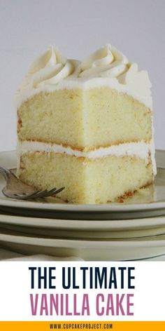 This is the ultimake vanilla cake you'll ever make! Easy baking tips and recipes @cupcakeproject #vanilla #cake #dessert