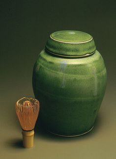 hank murrow. funerary urn