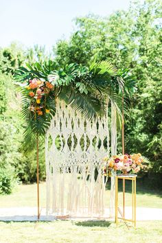 Retro Tropical Wedding Ceremony | Wedding Planner: Katie Frost Weddings | Macrame Wall + Chairs: Beautiful Event Rentals | Photography: Meggie Taylor Photography | Floral: Lush Couture Floral | Venue: The Laurel #bridesofnorthtx #weddings #altar