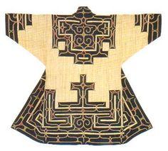 【Ainu Tribe: Japanese Race】Patterns of The Ainu: Japanese Race - the indigenous people of Japan Japanese Quilts, Japanese Textiles, Japanese Kimono, Ainu People, Kimono Fashion, Fashion Outfits, Costume Ethnique, Japan Crafts, Kimono Design