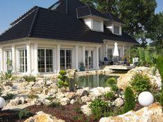 "Foto in ""Referenz-Objekte von FensterFrank"" - GoogleFotos Mansions, Studio, House Styles, Google, Home Decor, Environment, Pictures, Traditional Design, Windows And Doors"