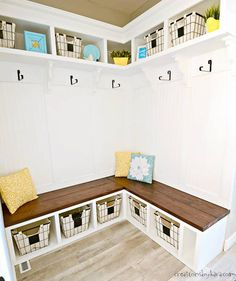 DIY Mudroom Corner Bench - with this step by step tutorial, you can make a mudroom corner bench that adds both beauty and function! bench under window DIY Mudroom Corner Bench Tutorial Cube Storage Bench, Corner Bench With Storage, Corner Furniture, Diy Furniture Plans, Furniture Removal, Furniture Projects, Concrete Furniture, Furniture Nyc, Furniture Websites