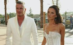 David & Victoria Beckham at the MTV Movie Awards Couples dressing was a really big thing back in the day, let's pray it's a trend that never comes back. David Beckham, David Und Victoria Beckham, Victoria And David, Celebrity Couples, Celebrity Weddings, Celebrity Travel, Celebrity News, Mtv Movie Awards, Hollywood