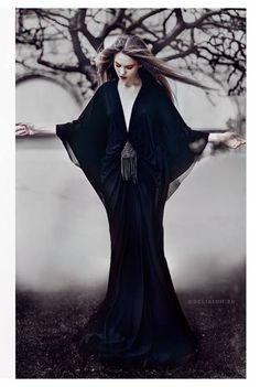 R'ias Couture #black #dress #fashion #editorial