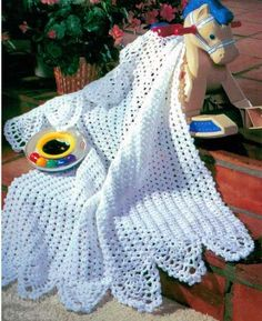 Easy Pineapple Baby Afghan (Crochet Pattern)