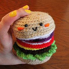 FREE  cheeseburger amigurumi crochet pattern