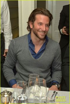 Jennifer Lawrence and Bradley Cooper Get a Head Start on Oscars Partying Bradley Cooper Hot, Brad Cooper, Chris Russell, Oscar Party, A Star Is Born, Jennifer Lawrence, Sexy Men, Hot Men, Actors