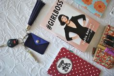 What's in our Bags//Chronicles of Frivolity