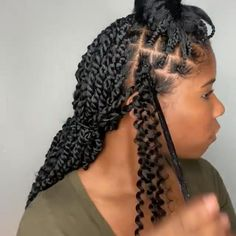 passion twists Crochet 731835008187587481 - DIY Passion Twist Tutorial✨ Source by nappymeofficial Box Braids Hairstyles, Long Pixie Hairstyles, Braided Hairstyles For Black Women, African Hairstyles, Girl Hair Braids, Mens Twists Hairstyles, Natural Twist Hairstyles, Crochet Twist Hairstyles, Curly Hairstyles