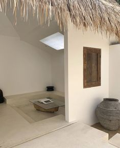 Minimalist Interior, Modern Interior Design, Interior Architecture, Cafe Interior, Interior And Exterior, Cosy Bedroom, Beautiful Interiors, Decoration, Interior Decorating