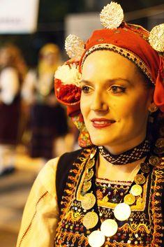 Greek Costumes, Visit Greece, Greek Apparel, Folk Dance, Greek Clothing, Folk Costume, Traditional Outfits, Wedding Dresses, Places