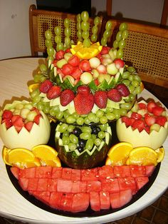 A really cute and easy fruit centerpiece for a party!