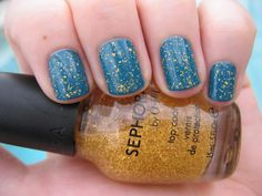 DizzyNails: Frazzley Teal and Gold