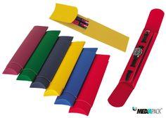 Caixas de cartão canelado em várias cores para pequenos objectos como relógios ou canetas.