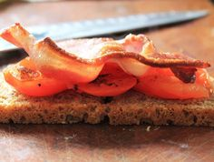 Bacon and fried tomatoes on McCambridge Soda Bread! Fried Tomatoes, Soda Bread, Irish Recipes, Bacon, Breakfast, Ethnic Recipes, Food, Morning Coffee, Essen