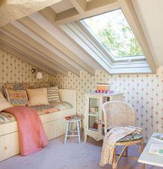 55 Bedroom Ideas - Shabby chic design - Home Decoration Attic Bedroom Designs, Attic Bedrooms, Shabby Chic Bedrooms, Bedroom Ideas, Kids Bedroom, Bedroom Loft, Attic Renovation, Attic Remodel, Small Rooms