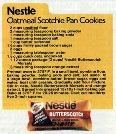Toll House pan cookies & Oatmeal Scotchie bar cookies - Click Americana Toll House pan c Pan Cookies, Brownie Cookies, Brownie Bar, Cookie Desserts, Yummy Cookies, Cookie Recipes, Dessert Recipes, Dessert Bars, Cooking Cookies