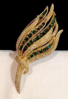 Vintage Textured Gold Brooch with Emerald Green Rhinestones | eBay