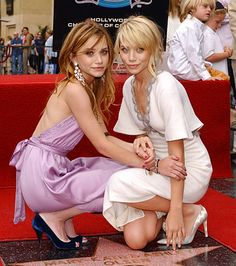 hollywood star, Mary-Kate and Ashley Olsen