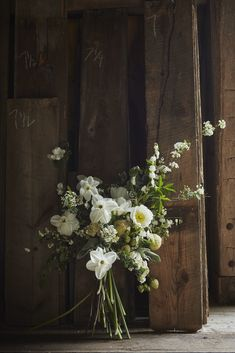 How to Nail It: Neo-Rustic Wedding Decor