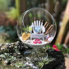 Miniature Flip Flops et chapeau de soleil plage Terrarium