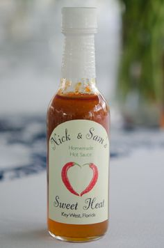 homemade hot sauce wedding favor photo by peachblossomphotography.com