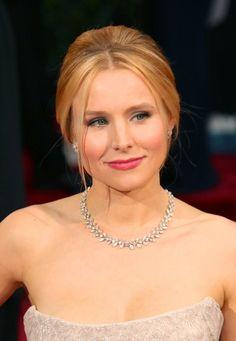 12 Celebrities Caught Wearing Fake Jewelry | Bossip